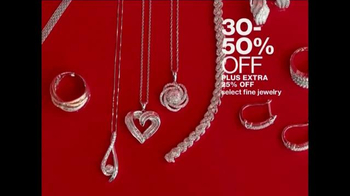 Macy's One Day Sale TV Spot, 'Accessory Deals of the Day' - Thumbnail 8