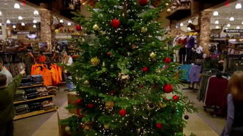 Cabela's Christmas Sale TV Spot, 'It's in Your Winter Wonderland' - Thumbnail 5