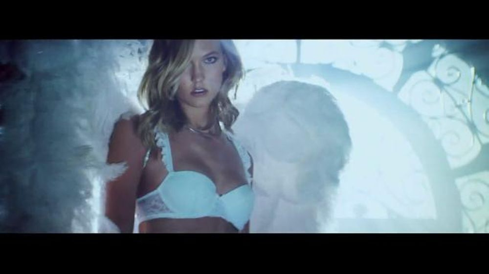 Victoria's Secret Heavenly TV Commercial, 'Holiday 2014' Song by Jessie Ware