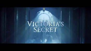 Victoria's Secret Heavenly TV Spot, 'Holiday 2014' Song by Jessie Ware - Thumbnail 1