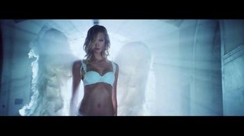 Victoria's Secret Heavenly TV Spot, 'Holiday 2014' Song by Jessie Ware - Thumbnail 7