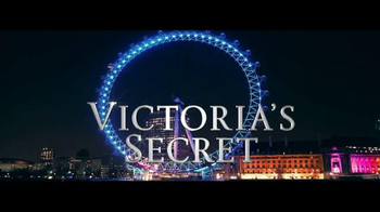 Victoria's Secret TV Spot, 'Holiday 2014: What Angels Want' - Thumbnail 1