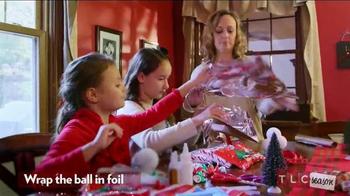 Hershey's Kisses TV Spot, 'TLC Season' - Thumbnail 5