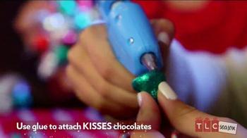 Hershey's Kisses TV Spot, 'TLC Season' - Thumbnail 6