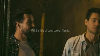 Budweiser TV Spot, 'Holiday 2014: Epic Lyfts' - Thumbnail 4