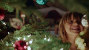 Hallmark TV Spot, 'Brother to Sister' - Thumbnail 6