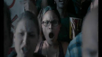 Glasses.com TV Spot, '#GetSomeGlasses Refs: Laughing' - Thumbnail 1