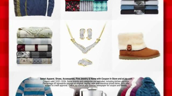 JCPenney Wrap Up the Jingle Sale TV Spot, 'Gifts for Everyone' - Thumbnail 4