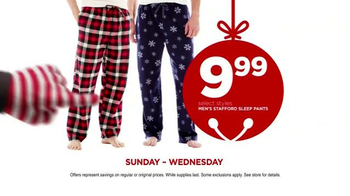 JCPenney Wrap Up the Jingle Sale TV Spot, 'Gifts for Everyone' - Thumbnail 7