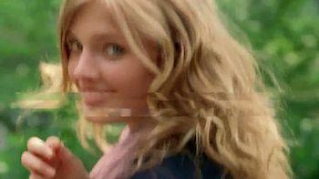 Estee Lauder Pleasures TV Spot, 'Walk in the Park' Song by Plain White T's