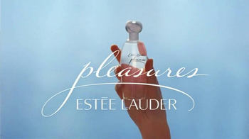 Estee Lauder Pleasures TV Spot, 'Walk in the Park' Song by Plain White T's - Thumbnail 10