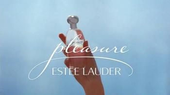 Estee Lauder Pleasures TV Spot, 'Walk in the Park' Song by Plain White T's - Thumbnail 9