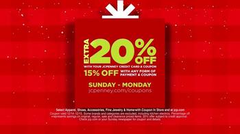 JCPenny Great Big Christmas Sale TV Spot, 'Big Buys' - Thumbnail 3