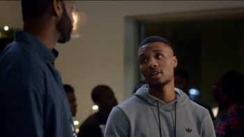 Foot Locker Adidas ZX Flux TV Spot, 'Rookie' Featuring Tracy McGrady - Thumbnail 4