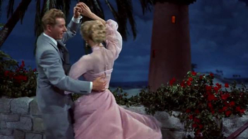 Irving Berlin's White Christmas Blu-ray Combo Pack and Digital HD TV Spot - Thumbnail 6