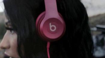 Beats Solo2 TV Spot, 'Solo Selfie: The Pinkprint' Featuring Nicki Minaj - Thumbnail 5