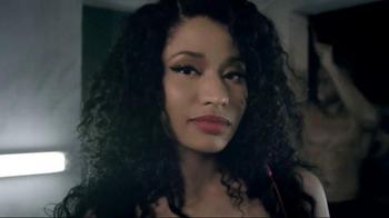 Beats Solo2 TV Spot, 'Solo Selfie: The Pinkprint' Featuring Nicki Minaj - Thumbnail 7