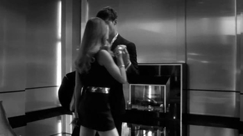 Paco Rabanne 1 Million Intense TV Spot, 'Elegancia' [Spanish] - Thumbnail 3