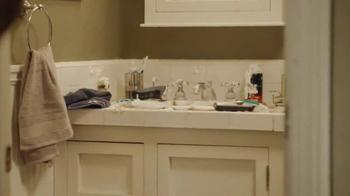 Scrubbing Bubbles TV Spot, 'Manscaping Husband' - Thumbnail 4