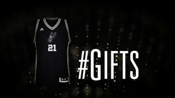 NBA Store TV Spot, 'Christmas Gifts' - Thumbnail 6
