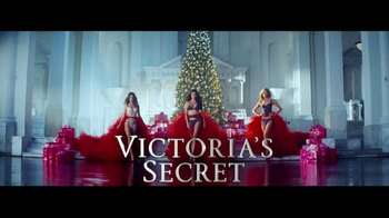 Victoria's Secret TV Spot, 'Reward Card' - Thumbnail 1