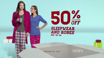 Sears Last Minute Gifts Sale & Values TV Spot, 'Last Minute Gifts' - Thumbnail 4