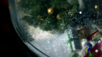 Dyson TV Spot, 'The Holiday Season Has Begun at Dyson' - Thumbnail 4