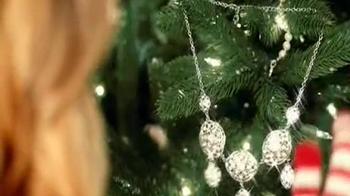 JCPenney Venta Enorme de Navidad TV Spot, 'Joyería Fina' [Spanish] - Thumbnail 4