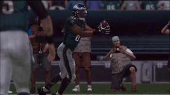Madden NFL 15 TV Spot, 'Smarter Offense' - Thumbnail 8