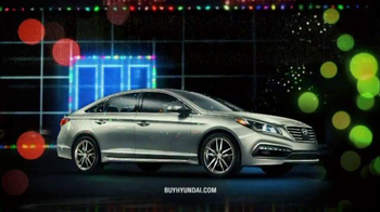 Hyundai Holiday Sales Event TV Spot, 'Gifts That Keep on Giving' - Thumbnail 2