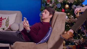 Walmart TV Spot, 'Samsung y Verizon: Bromas' Con Eugenio Derbez [Spanish] - Thumbnail 2