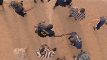 USAA TV Spot, 'The 2014 Army-Navy Game' - Thumbnail 9