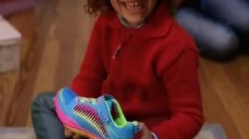 Shoe Carnival TV Spot, 'Holiday Savings' Song by Oscar McLollie - Thumbnail 2
