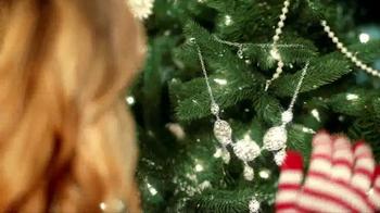 JCPenney Super Saturday Sale TV Spot, 'Jingle More Bells' - Thumbnail 3