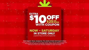 JCPenney Super Saturday Sale TV Spot, 'Jingle More Bells' - Thumbnail 5