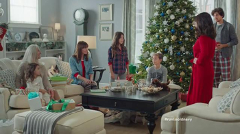 Old Navy TV Spot, 'XMas Morning Gifts are Great!' Feat. Julia Louis-Dreyfus - Thumbnail 3