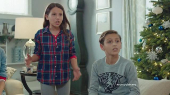 Old Navy TV Spot, 'XMas Morning Gifts are Great!' Feat. Julia Louis-Dreyfus - Thumbnail 5