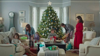 Old Navy TV Spot, 'XMas Morning Gifts are Great!' Feat. Julia Louis-Dreyfus - Thumbnail 7