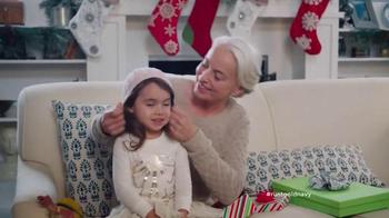 Old Navy TV Spot, 'Regalos de Navidad Para Todos!' Con Judy Reyes [Spanish] - Thumbnail 8
