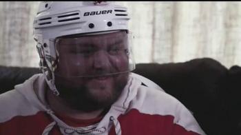 Total Hockey TV Spot, 'This Holiday Season' - Thumbnail 9