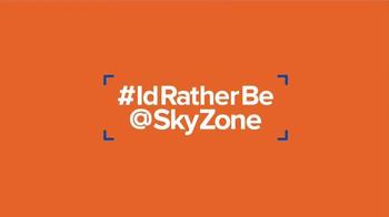 Sky Zone Indoor Trampoline Park Gift Card TV Spot - Thumbnail 9