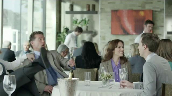 Skechers Slip Resistant TV Spot, 'Restaurante Desastre' [Spanish] - Thumbnail 4