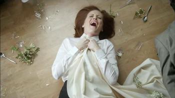 Skechers Slip Resistant TV Spot, 'Restaurante Desastre' [Spanish] - Thumbnail 7