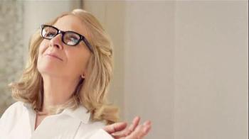 L'Oreal Paris Excellence Age Perfect TV Spot, 'Pick Both' Ft. Diane Keaton - Thumbnail 8
