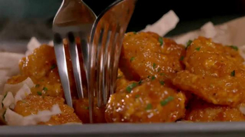 Applebee's Siracha Shrimp TV Spot, 'Our Shrimp is Hot and Spicy' - Thumbnail 5