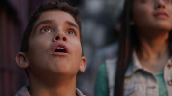 Universal Orlando Resort TV Spot, 'Épico: paquetes vacacionales desde $139 dólares' canción de Pitbull [Spanish] - Thumbnail 4