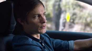 2015 Chrysler 200 TV Spot, 'Psychic' Con Gael Garcia Bernal [Spanish] - Thumbnail 2