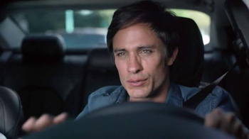 2015 Chrysler 200 TV Spot, 'Psychic' Con Gael Garcia Bernal [Spanish] - Thumbnail 5