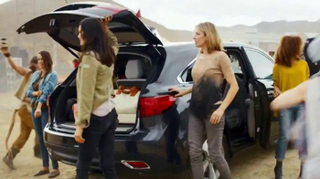 2016 Acura MDX TV Spot, 'Festival' Song by Eagles of Death Metal - Thumbnail 5