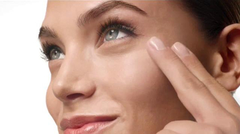 Clinique Beyond Perfecting TV Spot, 'Can Do' - Thumbnail 5